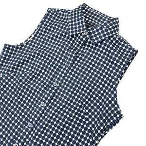 Banana Republic Sleeveless Button Down size 2 (XS)